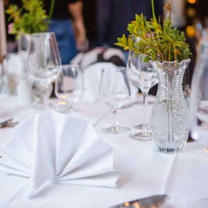 Gedeckter Tisch